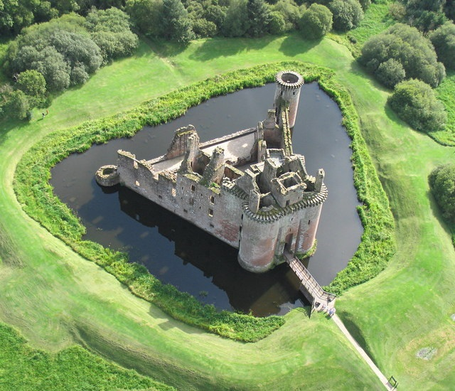 castlemoat